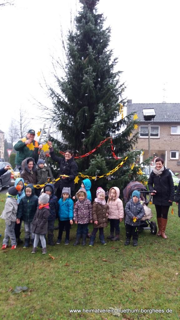 24 schmБcken Weihnachtsbaum (3)