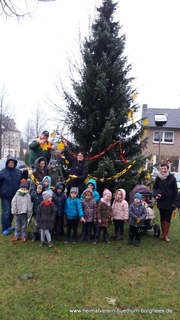 24 schmБcken Weihnachtsbaum (4)